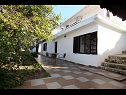 Holiday home Villa Maja H(6+2) Mastrinka - Island Ciovo  - Croatia - courtyard