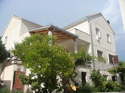 Apartments and rooms - OS2252 - Bol - Island Brac