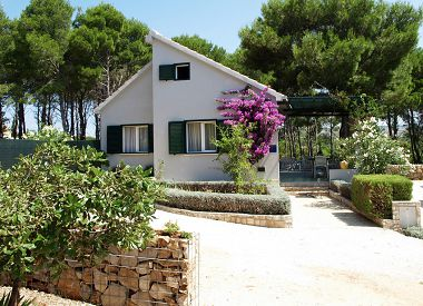 Holiday home BD H(2+1) Cove Osibova (Milna) - Island Brac  - Croatia