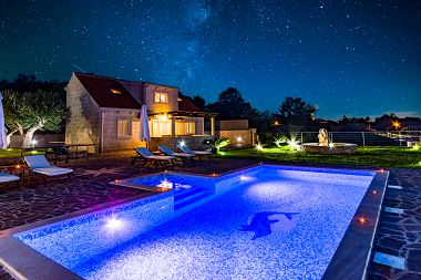 Holiday home Ivan H(6+4) Supetar - Island Brac  - Croatia