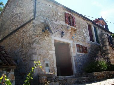 Holiday home Tonka H(3+1) Cove Zarace (Milna) - Island Hvar  - Croatia