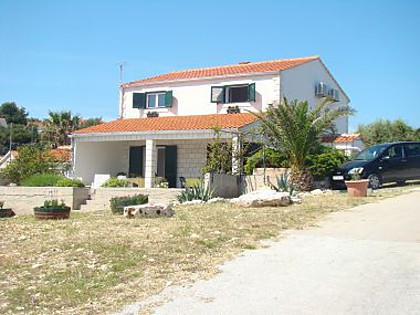 Apartments - OS36126 - Cove Rukavac - Island Vis