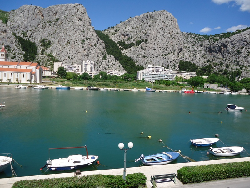 Apartments Ivana A1(4+2) Omis - Riviera Omis