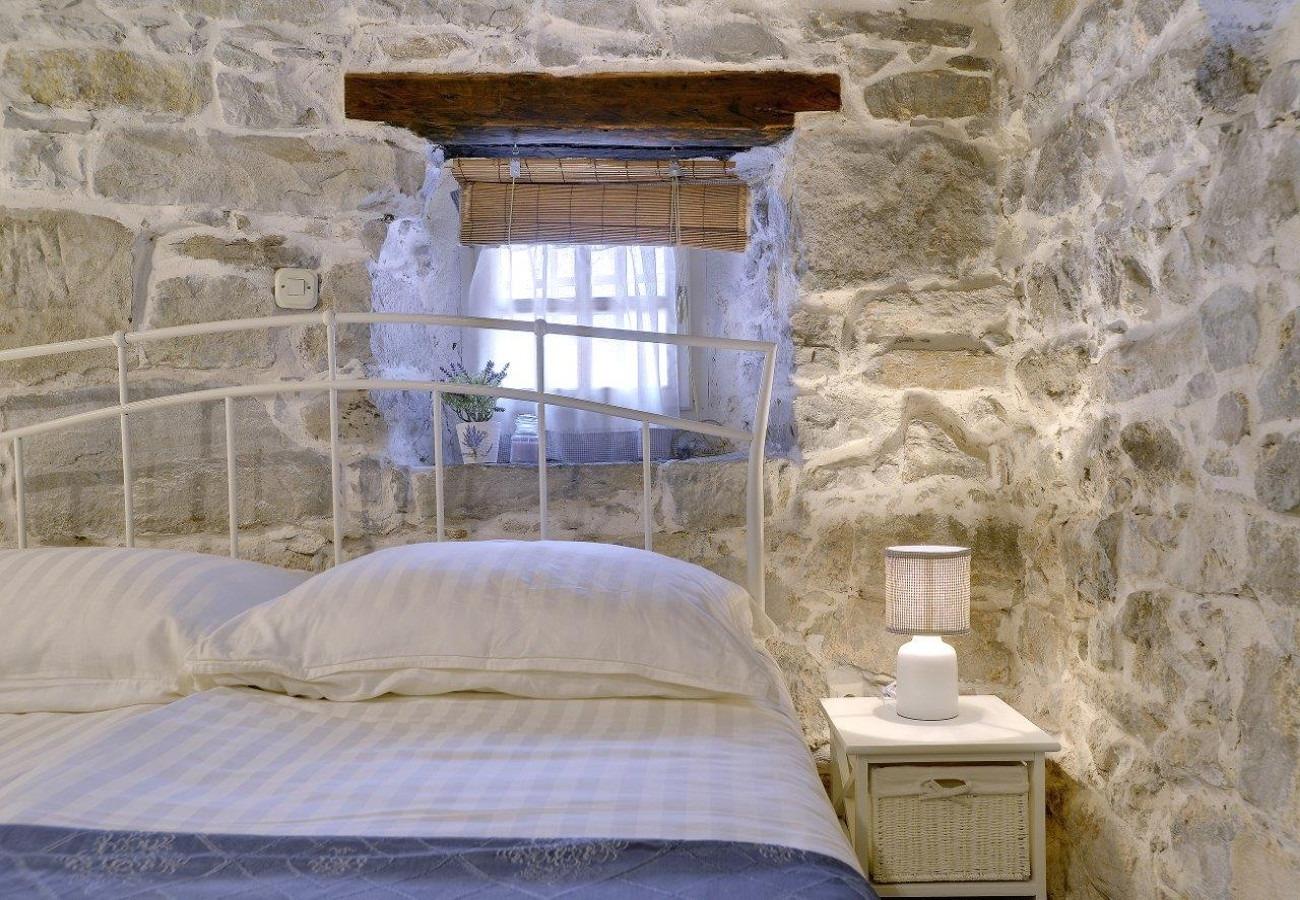 Vila Holiday house Dany - with jacuzzi: Gracisce, Istria 52662, Gracisce, , Regiunea Istria