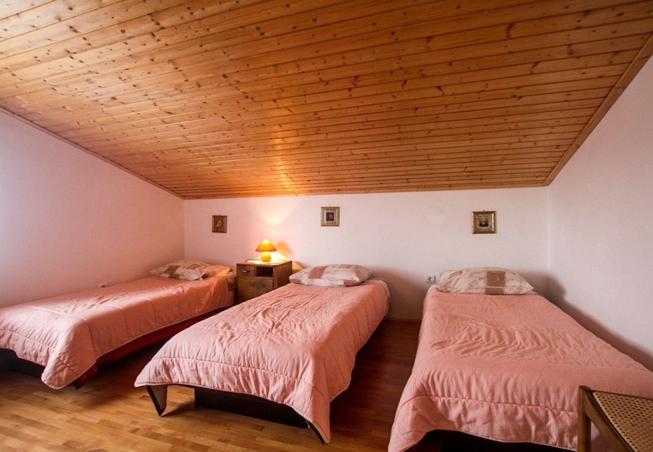 Apartment Apartment Rar - with nice garden: Ana  Koromacno, Istria 52168, Brovinje, , Istria Region