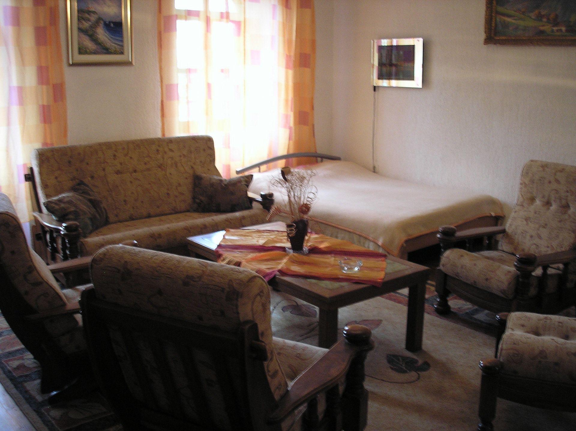 Apartment Room Zvonkic R2 Aljmas, Continental Croatia 51945, Aljmaš, , Osjecko Baranjska