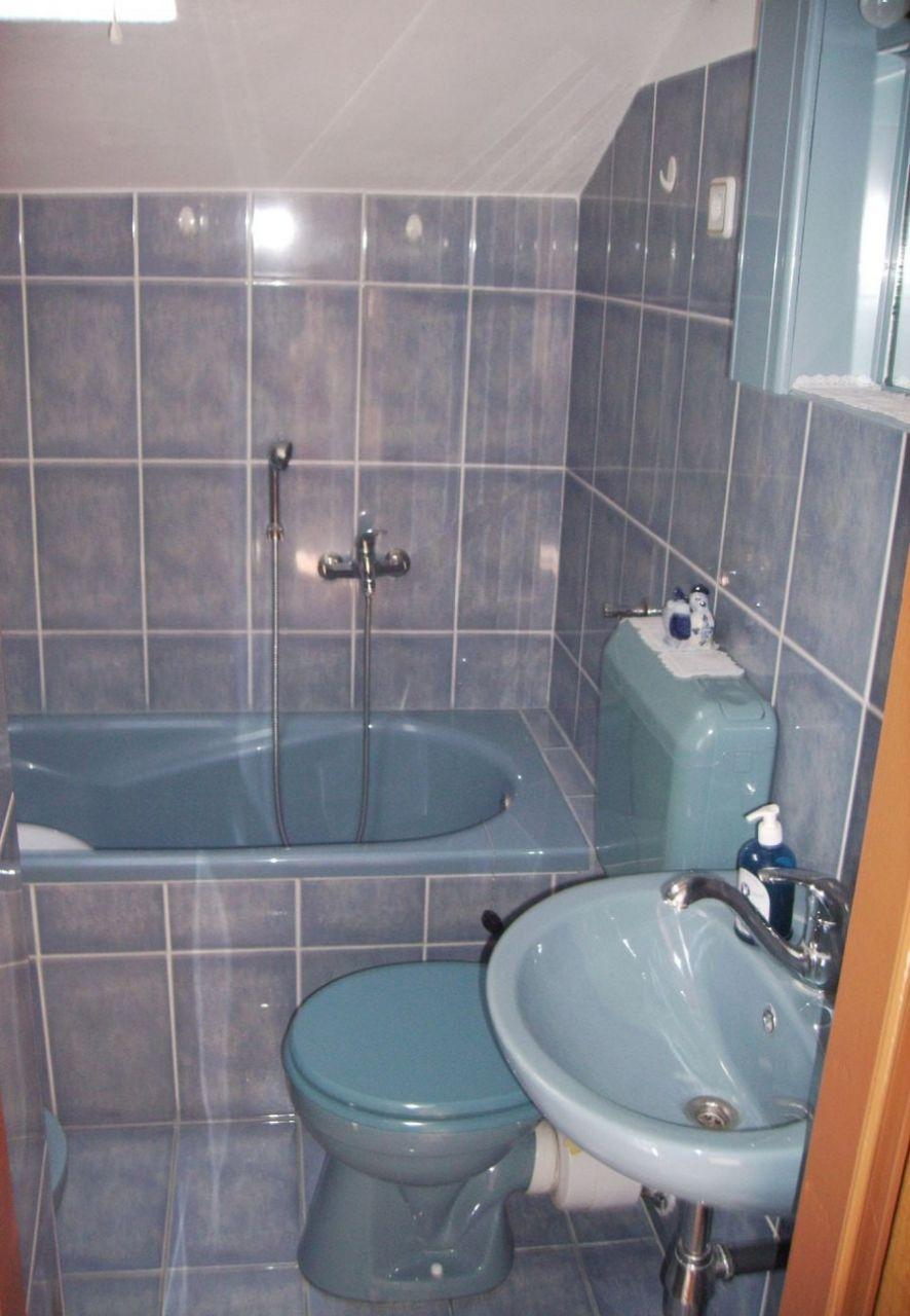 Apartamente Apartment Mirni - 5 m from sea: A1 Luka (Island Prvic), Riviera Sibenik 52678, Prvic Luka, , Šibensko-kninska
