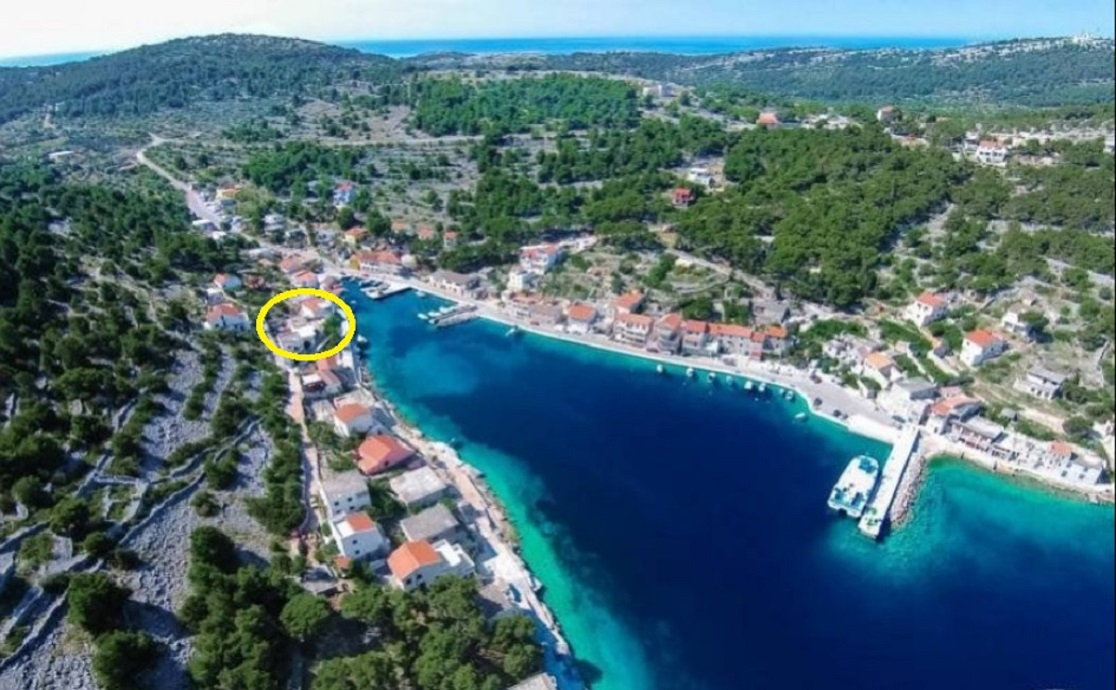 Apartamente Apartment Katija - in the cove, close to the sea A1 Cove Muna (Island Zirje), Riviera Sibenik 51680, Žirje, Žirje, Rajoni i Shibenikut/Kninit