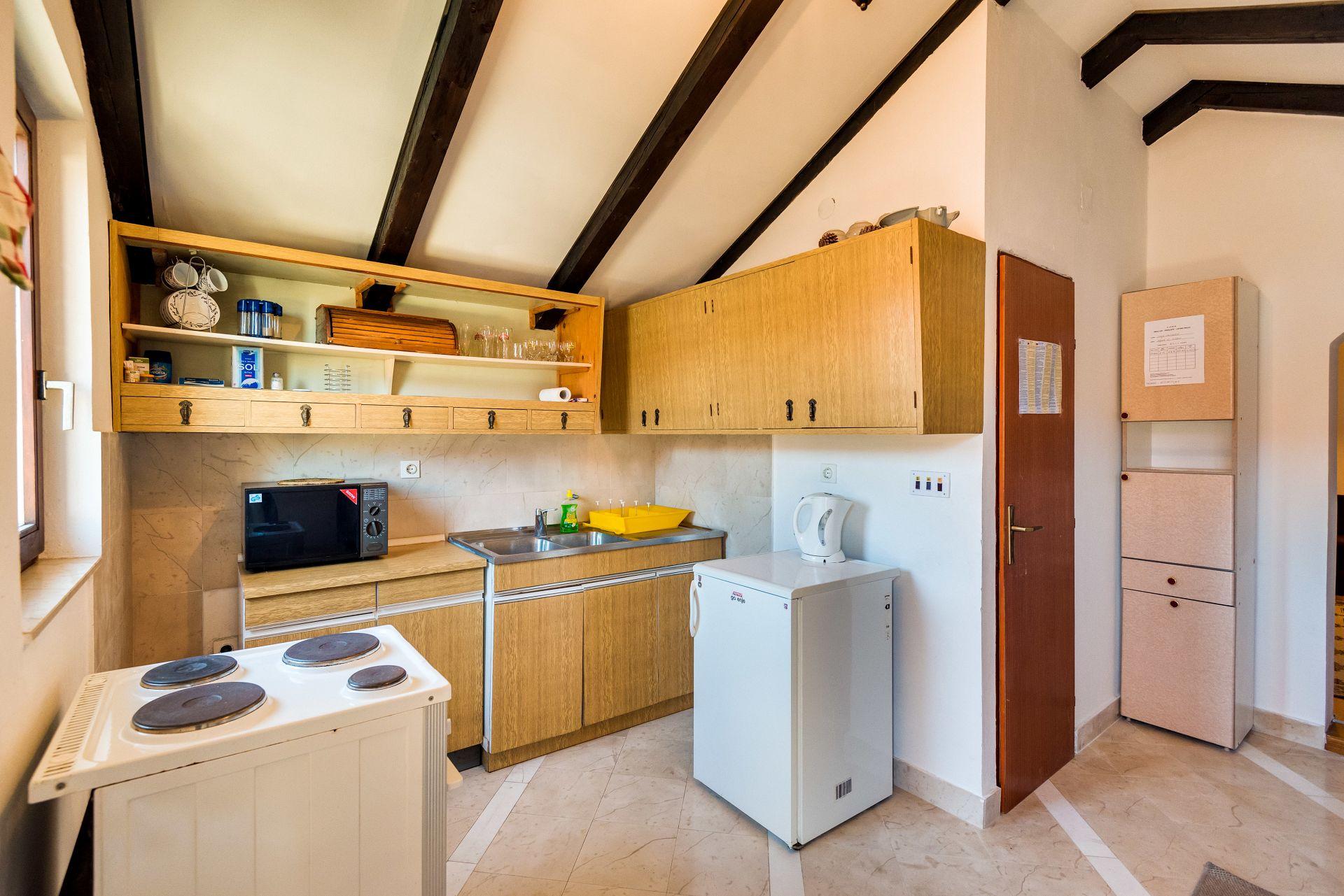 Apartamenty Apartment Land - 100m from the sea A1 Zlarin (Island Zlarin), Riviera Sibenik 51982, Zlarin, Zlarin, Region Šibenik