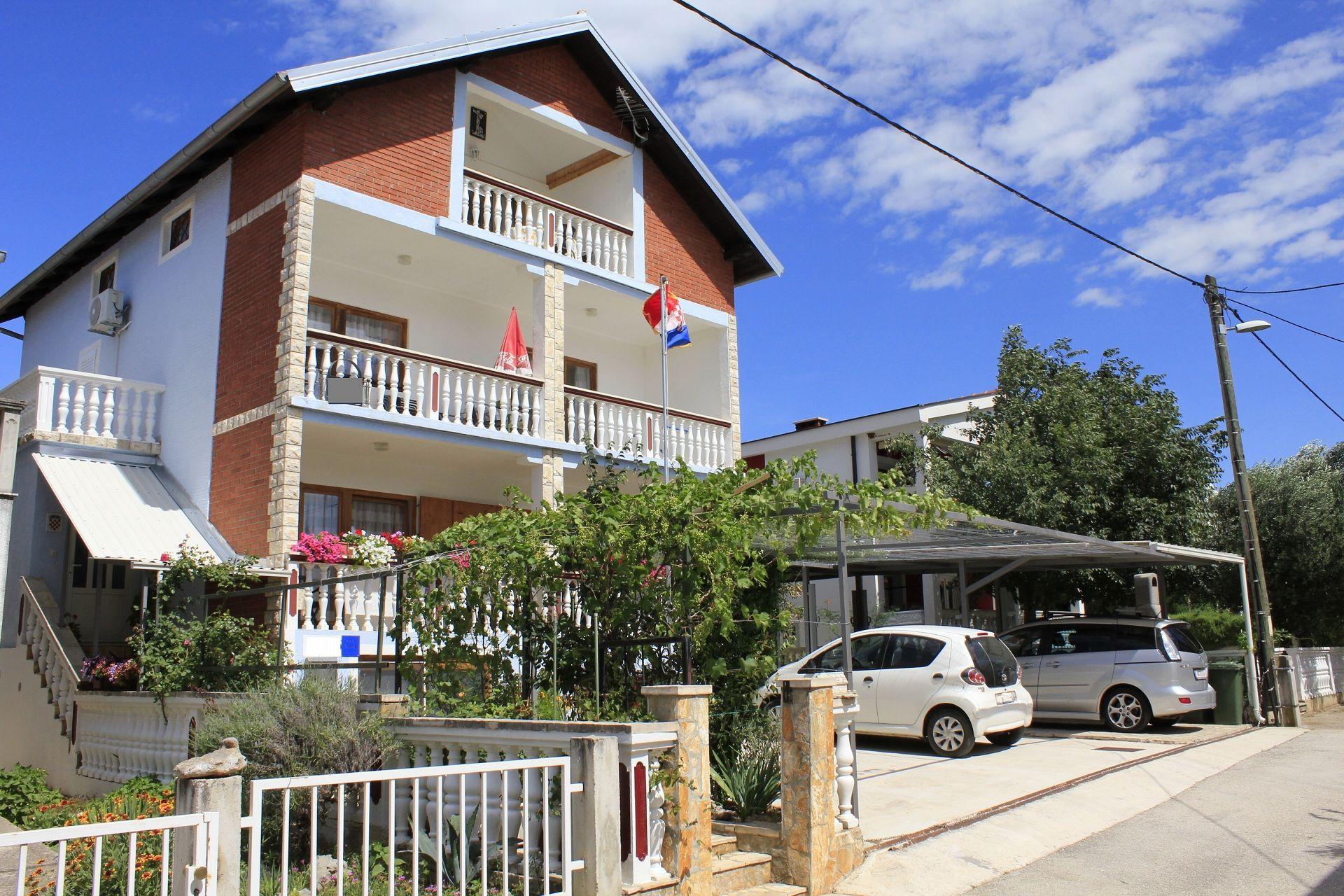 Apartamente Apartment Mato A1 Crna Punta, Zadar riviera 54181, Kruševo, , Rajoni i Splitit/Dalmacisë