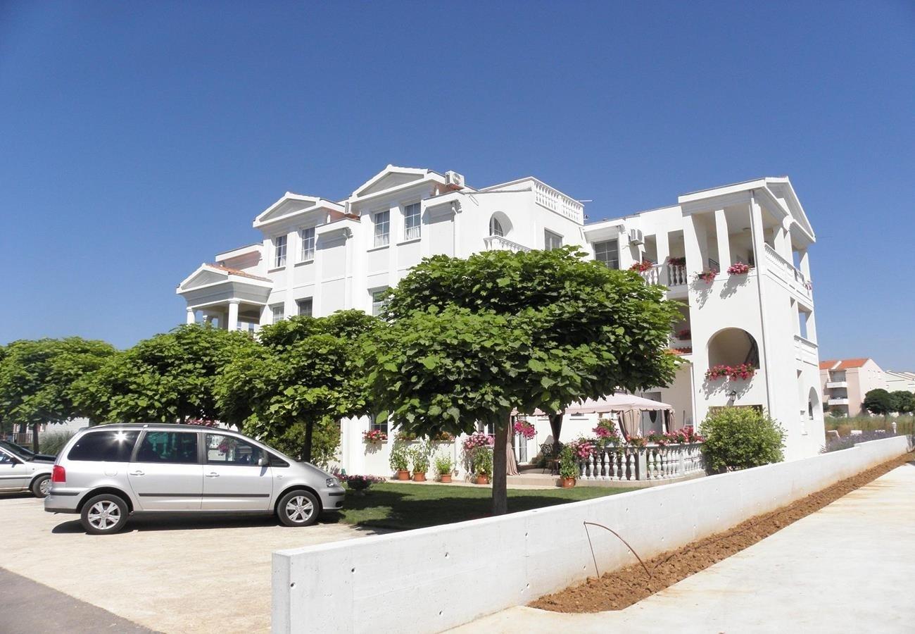 Apartment Apartment Vuzi - 100m from the sea: A2 2A Zaton (Zadar), Zadar riviera 54147, Zaton, Dubrovnik, Dubrovnik Region
