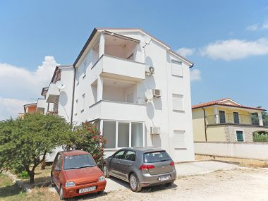 Apartments Edvin A1(5) Medulin - Istria