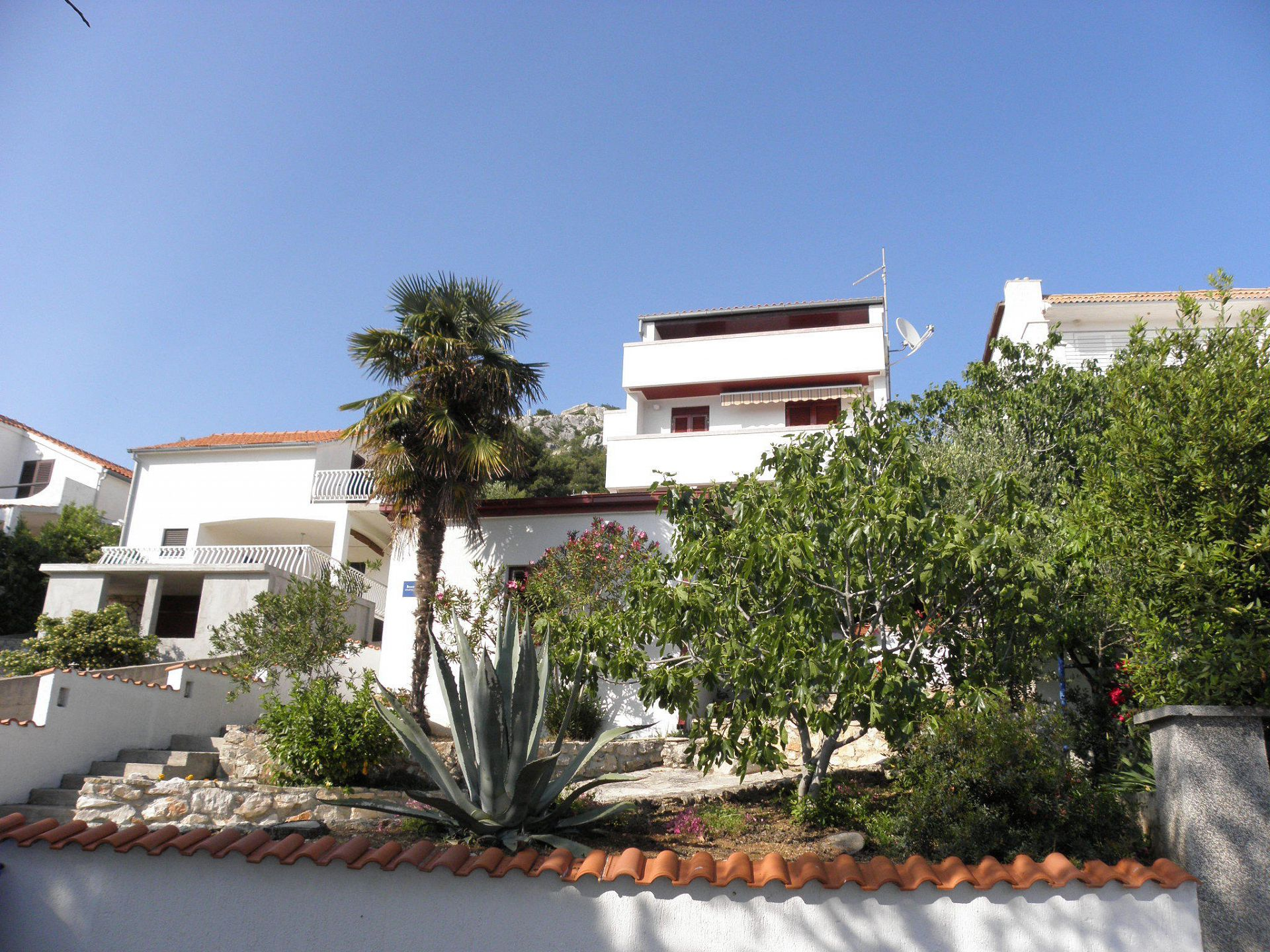 Apartments Marija - 30m from the beach: A1(4+1), A2(4+1), A4(2+1) Murter - Island Murter